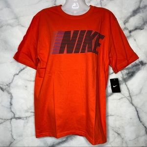 NEW NIKE ORANGE T-SHIRT MEDIUM NWT REGULAR FIT